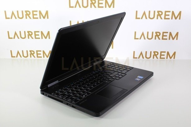 DELL E5540 i3-4010U 4GB 500GB WIN 10 PRO